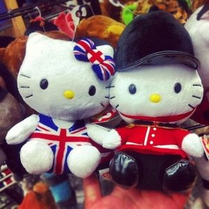 Hello Kitty British Invasion *set